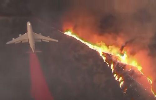 Amerika u PAKLU: Stotine požara gasi 12.000 vatrogasaca, ljudi ginu, napuštaju domove, a TRAMP je LJUT!
