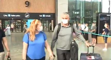 Kokoškov sa maskom stigao u Istanbul: Počinje POST OBRADOVIĆ ERA Fenera! (VIDEO+FOTO)