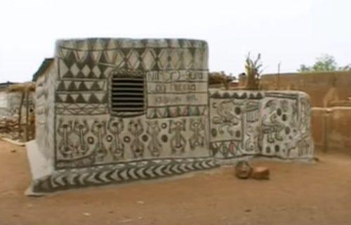 Čudesno selo bez prozora na kućama ovako ODBIJA neprijatelje: Sada niko ne sme da im se približi (VIDEO)