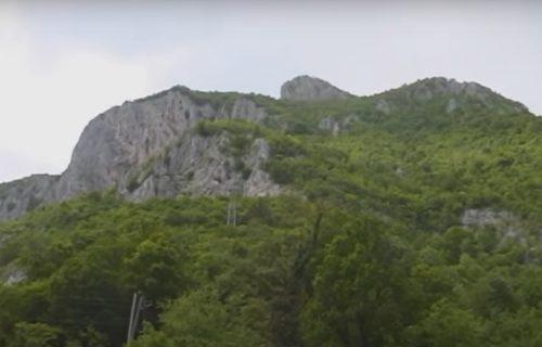 Izgubile se tokom planinarenja u Kablarskoj klisuri: Pet studentkinja i majka sa dve ćerke spasene