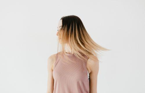 Želite bez PEGLE da ispravite kosu? 4 MASKE od prirodnih sastojaka popravljaju oštećene vlasi (RECEPT)