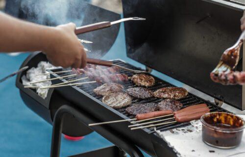 Ono što roštilj čini ukusnim je NAJOPASNIJE, izaziva i RAK: Otkrivena velika zabluda o mesu
