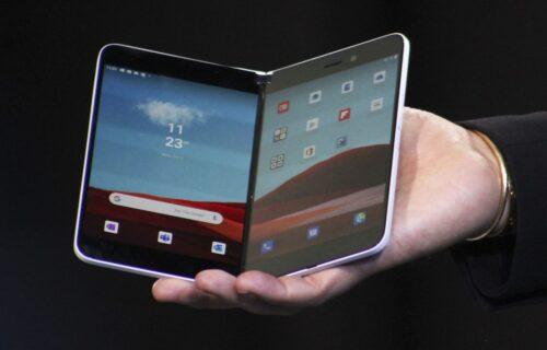 Stiže Microsoft telefon sa DVA ekrana: Nova generacija nudi moćni Snapdragon i bolju kameru