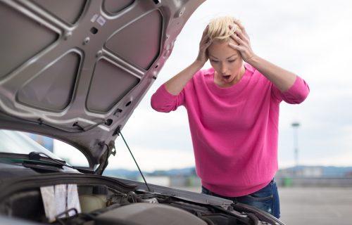 Ovih 13 koraka morate ispoštovati kada se automobil pokvari na putu