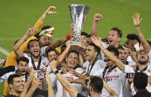 Šlag na Ligu Evrope! Sevilji i Srbinu trofej, MAKAZICE koje će Inter boleti zauvek! (VIDEO+FOTO)