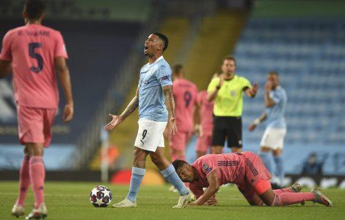 Slika kaže sve: Real na kolenima, a Juventusu ni Ronaldo ne vredi! Jović TRAŽIO PENAL! (VIDEO+FOTO)