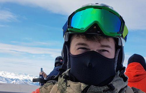 Maske nisu dovoljne: Glavni američki epidemiolog najavljuje kovid naočare
