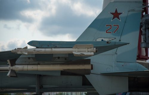 """""""Bliski susret"""" iznad Crnog mora: Ruski Su-27 presreo dva američka špijunska aviona"""