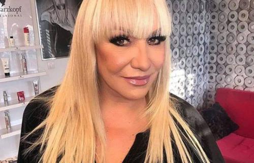 Oglasila se Vesna Zmijanac nakon što je postala BAKA po drugi put, nije mogla da obuzda SREĆU (FOTO)