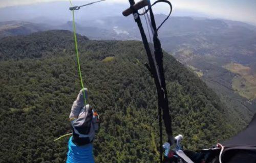 Kao da je ptica: Pogledajte kako izgleda čudesni let paraglajdera od Sarajeva do Mostara (VIDEO)