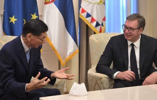 Kvalitetniji odnosi dve zemlje: Vučić primio ambasadora Japana u oproštajnu posetu (FOTO)