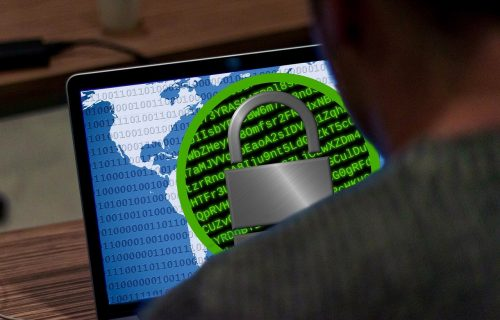 """Građani, vodite računa! Sajber kriminalci preko """"Votsapa"""" našli nov način za PREVARU i krađu podataka"""