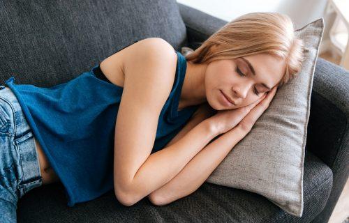 Pravila popodnevne dremke: Lekari otkrivaju kada je idealno vreme i koliko dugo smete da spavate