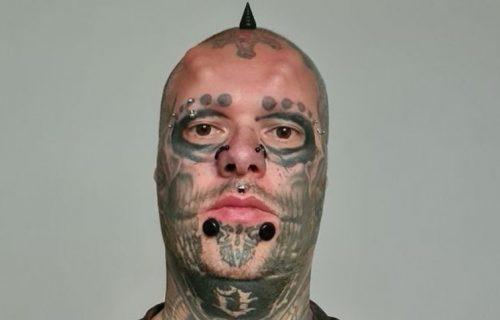 Odsekao sebi uši i stavio ih u teglu, ali tu je bio tek početak ludila: Evo šta je uradio sa telom (FOTO)