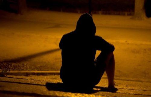Prijavio majku policiji što ga je izbacila na ulicu, a onda je PRAVA istina isplivala na videlo