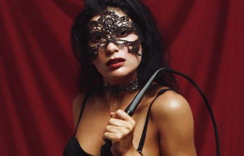 """Došla kod momka u štiklama i crnom kostimu, pa ga vezala: Počela """"igra"""", a onda se dogodila NAJGORA stvar"""