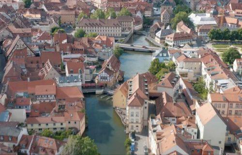 Očuvani Bamberg: Grad zadivljujuće arhitekture, izgrađen na 7 BREŽULJAKA, u dolini jedne reke (VIDEO)