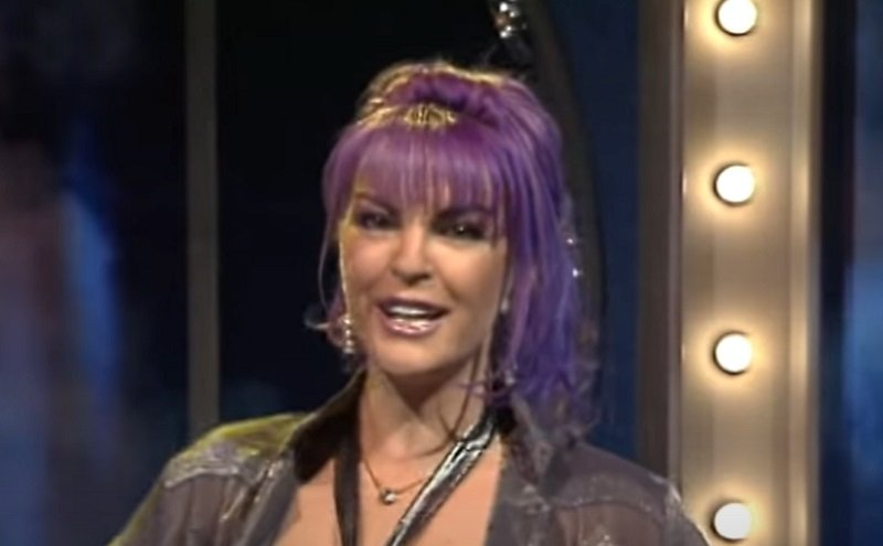 Buba Miranović je bila jedna od najlepših pevačica DEVEDESETIH, a i danas  pleni LEPOTOM! (FOTO) - Objektiv
