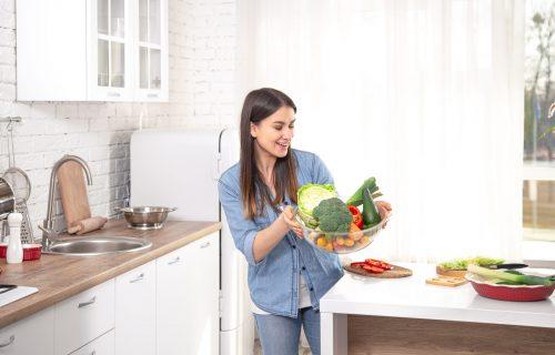 Zdravlje na usta ulazi: 8 namirnica koje su DOBRE za vašu JETRU i koje ubrzavaju sagorevanje kalorija