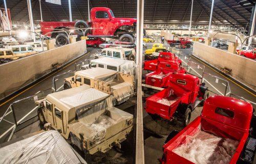 Milijarder iz Emirata obogatio svoju kolekciju NAJVEĆIM kamionetom na svetu! (FOTO+VIDEO)
