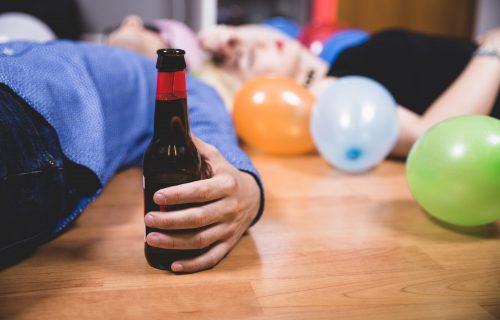 Studija otkrila šokantan podatak: U Italiji mladi više žrtve ALKOHOLA nego korone!