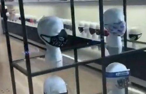 Da, ovo je naša nova stvarnost: Hit prodavnica u tržnom centru ŠOKIRALA narod (VIDEO)