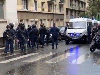 HOROR u Parizu, najmanje četvoro RANJENO: Napad kod stare redakcije Šarli Ebdoa (FOTO+VIDEO)