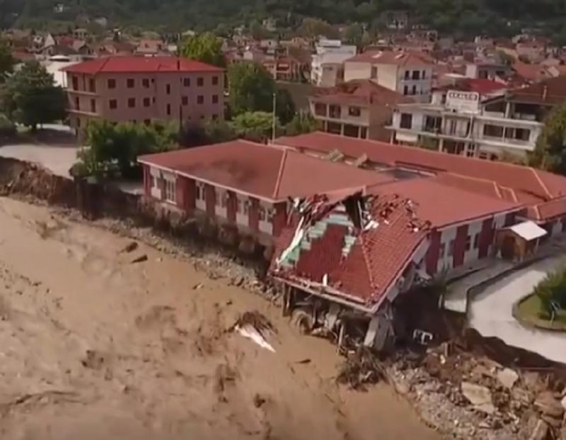 GRČKA ovo ne pamti: Uragan je sve ostavio POD VODOM! Pogledajte stavične snimke koji su obišli svet