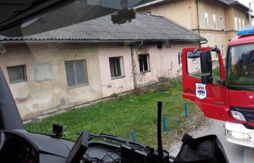 Vatra odnela jedan život u Banjaluci: Požar izbio u baraci u naselju Lazarevo