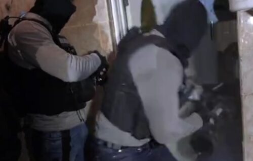 Munjevita akcija policije: Pali kriminalci koji su žrtve iz Srbije mamili poslom u Belgiji (VIDEO)