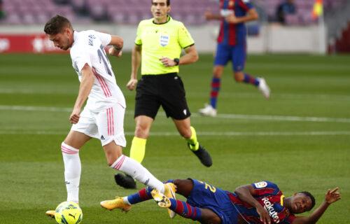 """Real POKORIO Barselonu: Sudija spornim penalom pogurao """"kraljeviće"""", Modrić stavio tačku! (VIDEO+FOTO)"""