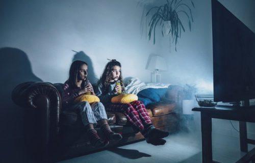 Da li bi deci trebalo da dopuštamo da gledaju HOROR filmove?