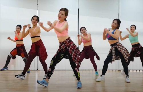 """ZUMBA, ZUMBA: 44 minuta """"dijeta"""" plesa za razgibavanje i sagorevanje kalorija (VIDEO)"""