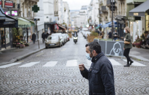 Francuska tone sve dublje: Više od 50.000 obolelo od korone u prethodna 24 sata