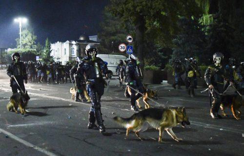 Proglašeno VANREDNO STANJE: Vojska na ulicama Kirgistana, uvodi se desetodnevni policijski čas