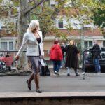 SNS žene sa stilom: Političarke se na sednici pojavile u elegantnim, BIZNIS izdanjima (FOTO)