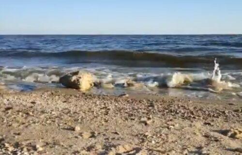 Eksplozije razorile ruski brod blizu Ukrajine, spaseno svega 6 mornara
