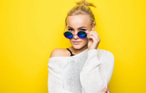 Profesionalni šminkeri vas savetuju kako da se našminkate u skladu sa naočarima koje nosite