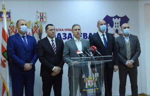 Stefanović govorio o važnim projektima: Država pokazala da brine o Lazarevcu