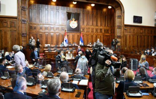 Ovo su predsednici odbora u Skupštini Srbije: Bečić dobio kontrolu službi, Zukorlić obrazovanje