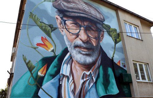 Tamo gde je gorela Morava: Dragoslav Mihailović dobio mural u rodnom gradu (FOTO)