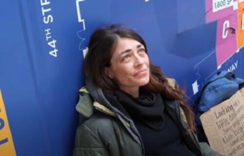 Danima gledao beskućnicu u DRUGOM STANJU kako moli za pomoć, a onda je napravio NEVIĐEN gest (VIDEO)
