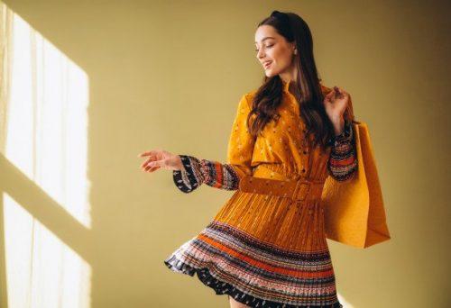 Haljina i ČIZME su obavezne ove jeseni: 3 kombinacije kojima nećete moći da ODOLITE (FOTO)