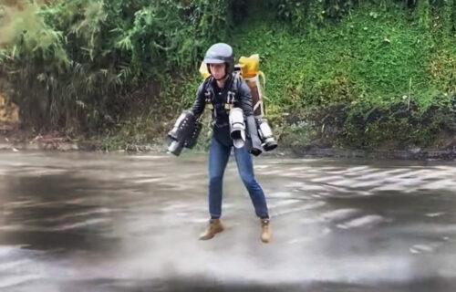 Kineski Ajronmen u akciji: Pogledajte kako prkosi gravitaciji (VIDEO)