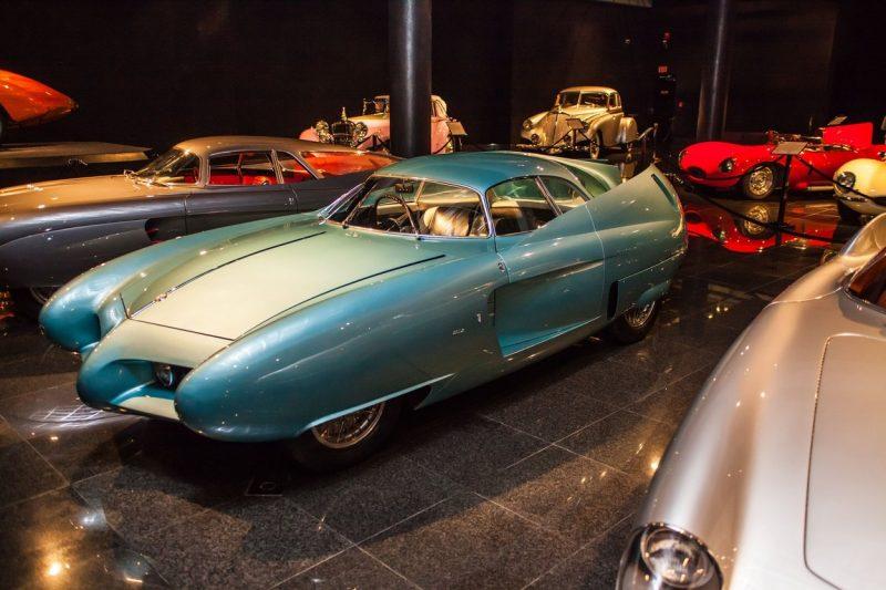 Futuristički B.A.T. modeli iz 1950-ih ponuđeni kupcima: Prodaju se pod JEDNIM uslovom (VIDEO)