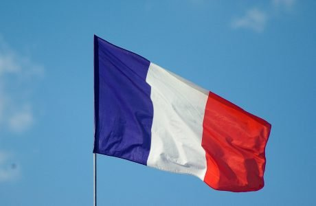 Diplomatski rat na delu! Francuska OPOZVALA ambasadore iz Vašingtona i Kanbere, BURNO na svetskoj sceni