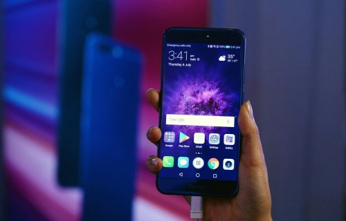 Huawei prodaje Honor?! Na listi zainteresovanih TRI poznata imena (VIDEO)