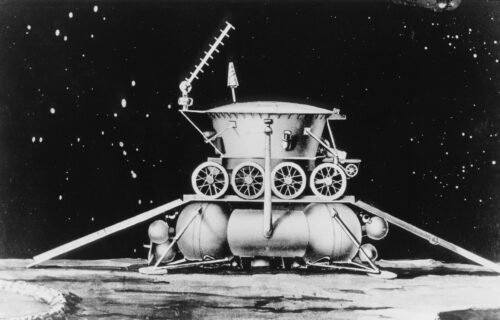Sovjeti otkrili vodu na Mesecu 1976?! Arhiva Luna programa krije odgovore (VIDEO)