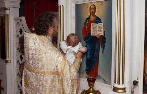 Sveštenik tražio Nenadu 10.000 dinara za KRŠTENJE dece: Otišao je u drugu crkvu, a tamo ga je dočekao ŠOK