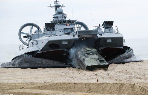 ČUDO TEHNIKE: Top 12 najmoćnijih vojnih mašina na svetu (VIDEO)